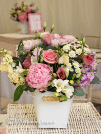 natural garden wedding centerpieces