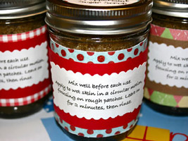 homemade body scrub for a homemade wedding favor