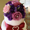 wedding flowers to decorate a cake