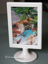 table name holders based around holiday destinations