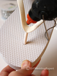 showing you how to glue diamantes on to flip flops